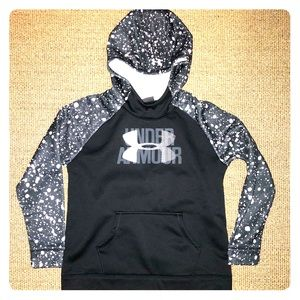 YouthUnder Armour Hoodie cold gear, loose fit